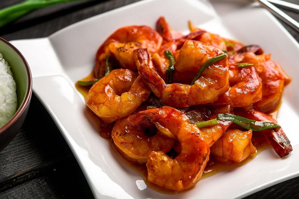Ketchup Shrimp Recipe: This Easy Asian Shrimp Recipe Is on the Table in 20 Minutes