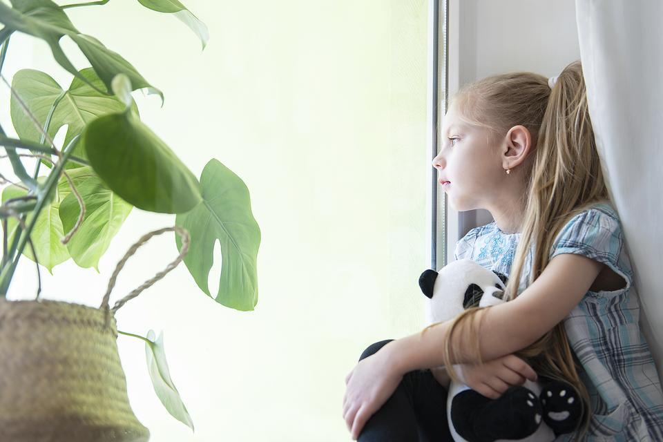 Social Distancing With Kids: 5 Ways to Help Kids Understand Coronavirus (COVID-19) Social Distancing