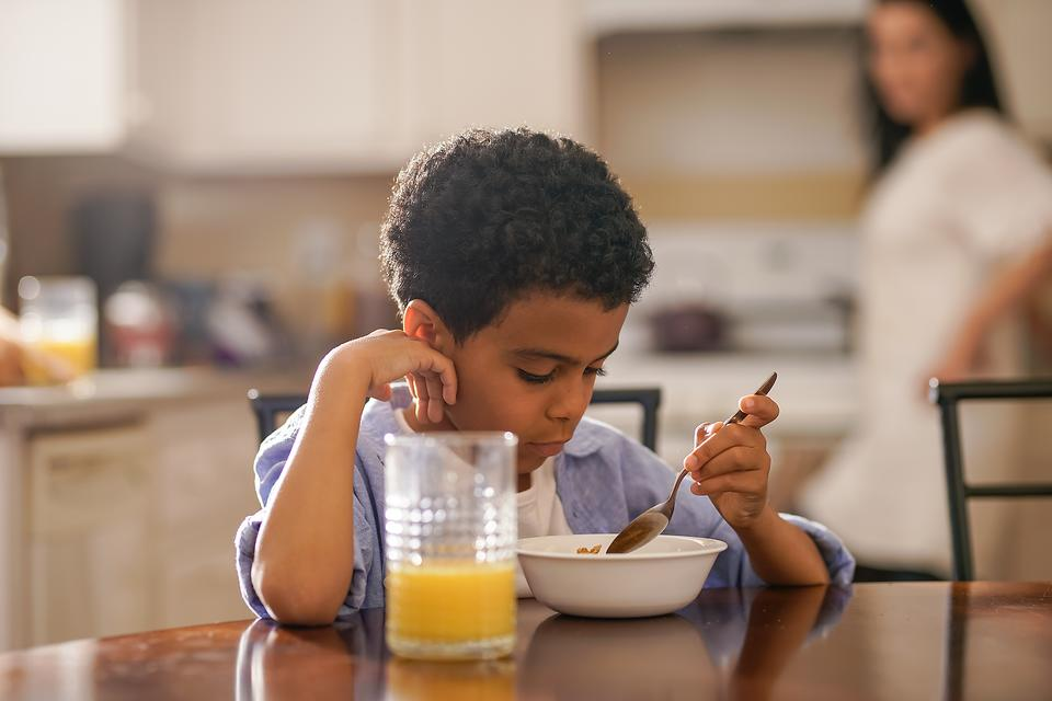 Kids Do Better in School If They Eat Breakfast: 4 Healthy Breakfast Options!
