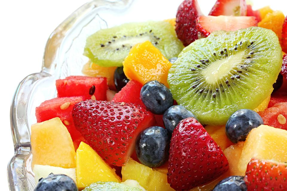 Fruit Salad: Get Your Kids Involved & Celebrate Those Summer Fruits