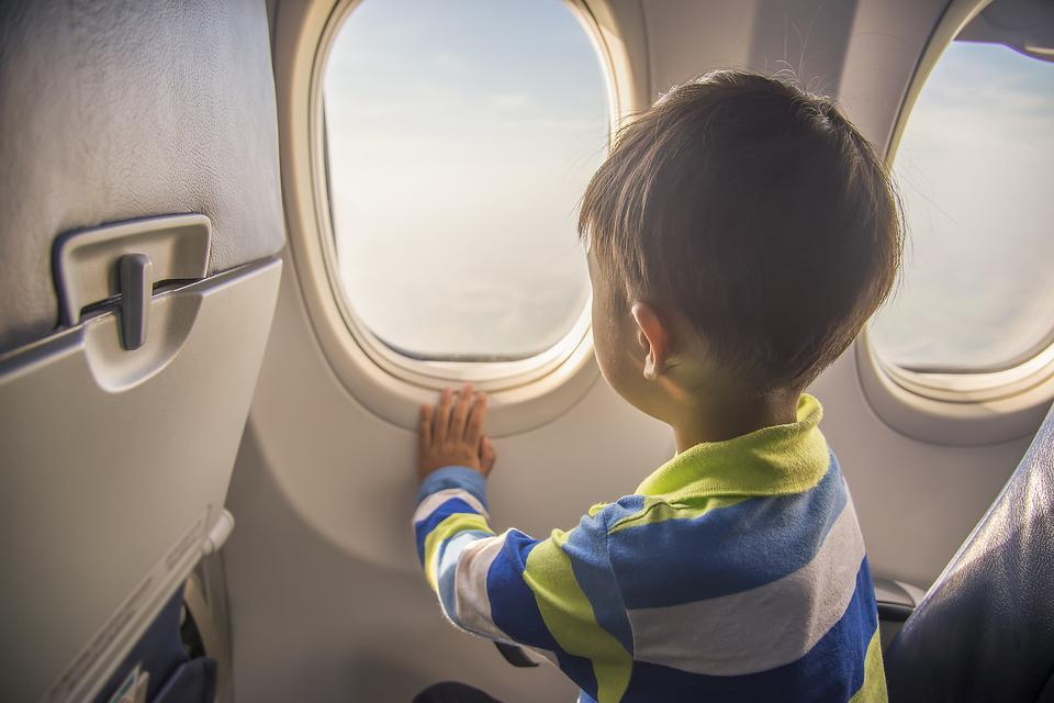 Kids Nervous About Flying? Here's Your Guide to Overcoming Flying Anxiety With Children!