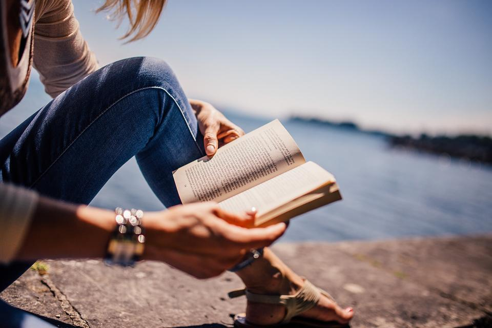 Love Books? Here are 7 Ways to Support Your Favorite Writer!