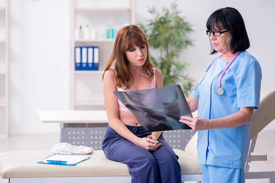 Lumpectomy Vs. Mastectomy: How to Decide? The Pros & Cons of Lumpectomy & Mastectomy After Breast Cancer Diagnosis