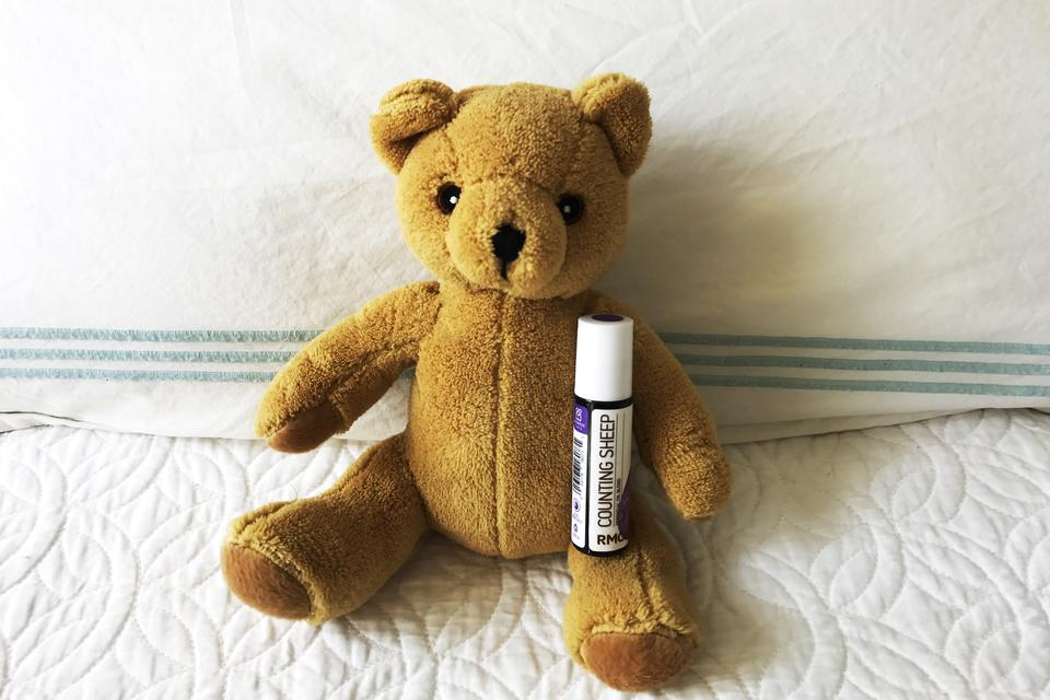 "Make Bedtime Easier With Rocky Mountain Oils: How ""Counting Sheep"" Essential Oils Can Help Improve Kids' Sleep!"