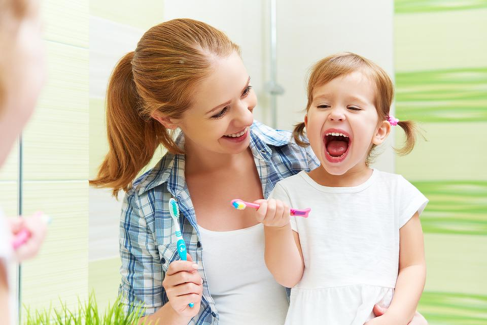 Make Tooth Brushing Fun:  3 Ways to Makes Kids Want to Brush Their Teeth!