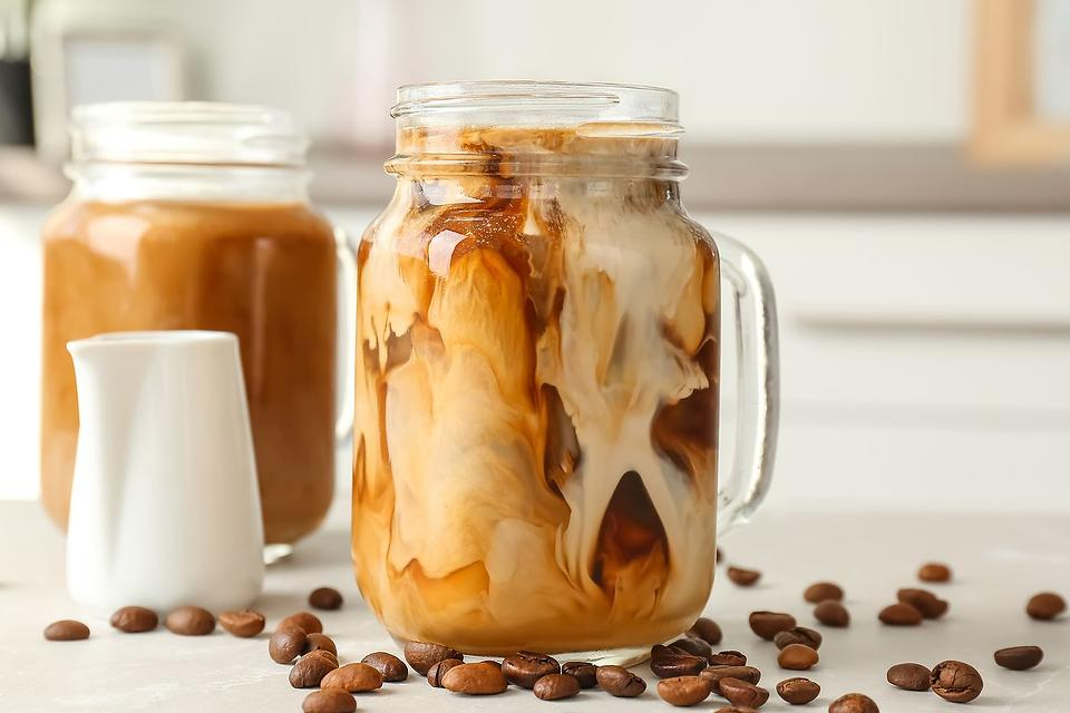 Mason Jar Cold-Brewed Coffee Recipe: How to Make Cold-Brewed Coffee at Home