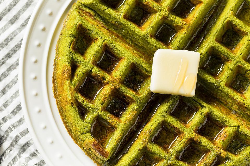 Easy Matcha Waffles Recipe: A Wholesome, Healthy Matcha Green Tea Waffle Recipe