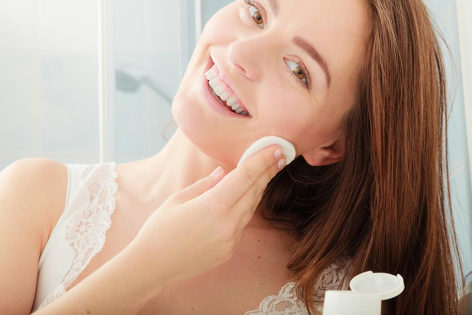 Micellar Water Demystified: Yes, This Beauty Product Really Works!