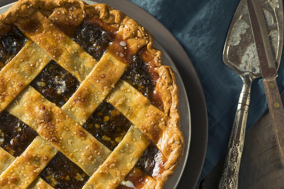 Easy Mincemeat Pie Recipe: This (Meatless) Mincemeat Pie Is Worth a Try This Holiday Season