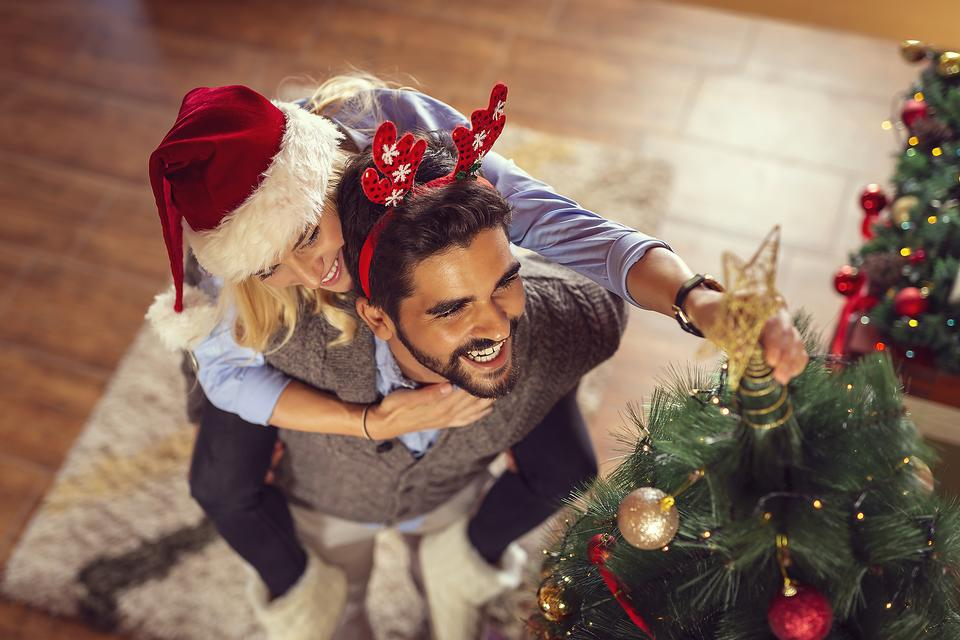 Mindful Christmas Spirit: 4 Easy Ways to Feel & Show Gratitude Throughout the Holidays