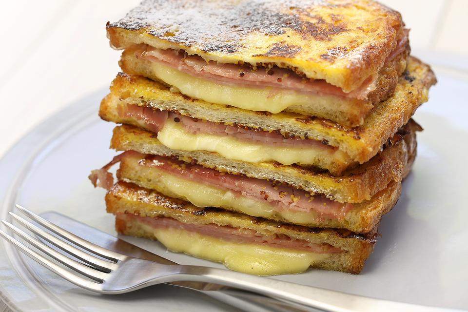 Sandwich Night Inspiration: This Classic Monte Cristo Sandwich Recipe Elevates Ham & Cheese