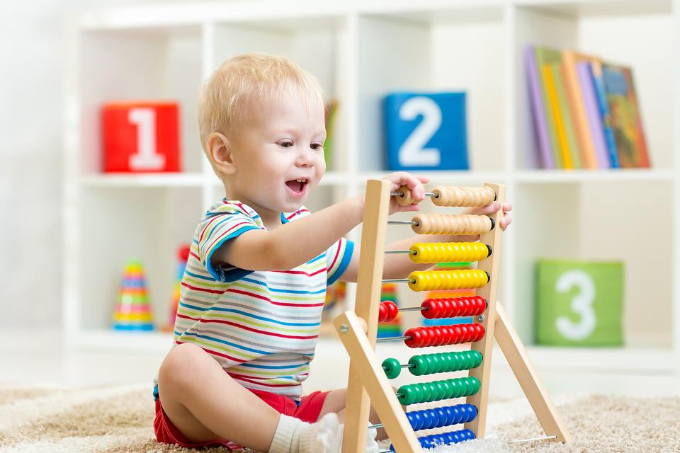 More Traditional Toys Help Baby's Language Development – Here's Why!