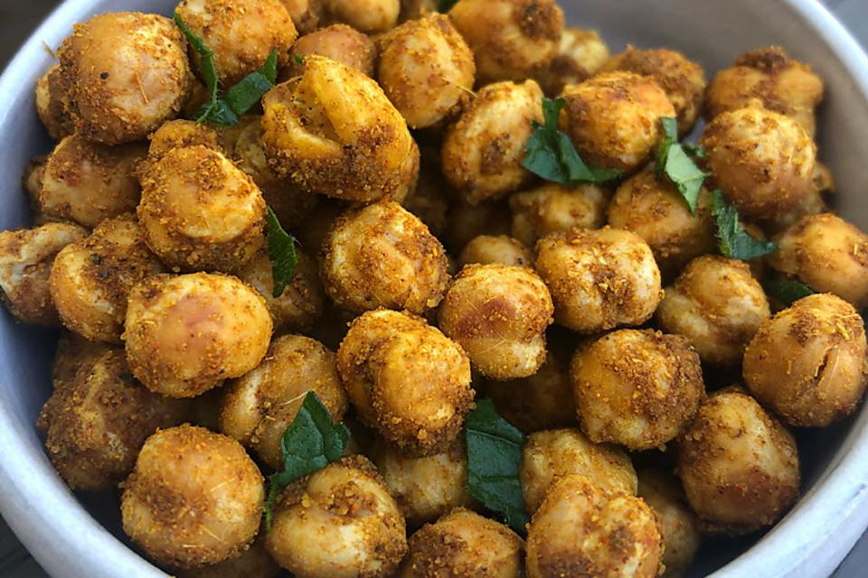 Moroccan Baked Chickpeas Recipe: These Crunchy Chickpeas Are Packed With Fiber & Protein