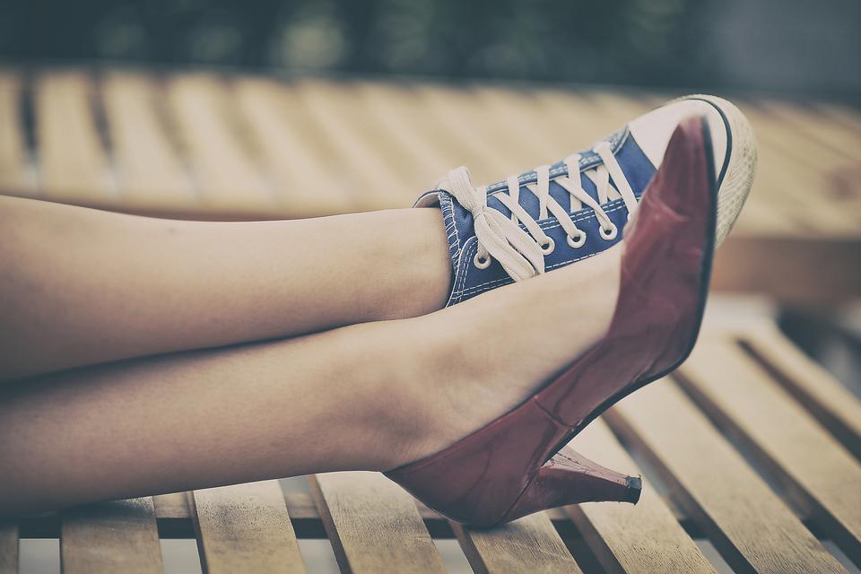 #MotherhoodRocks When You're Footloose & Fancy-free: Say What? Read On!