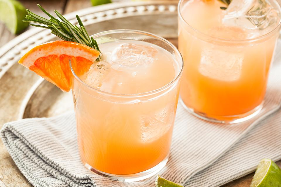 Move Over Margarita! How to Make a Refreshing Paloma Cocktail!