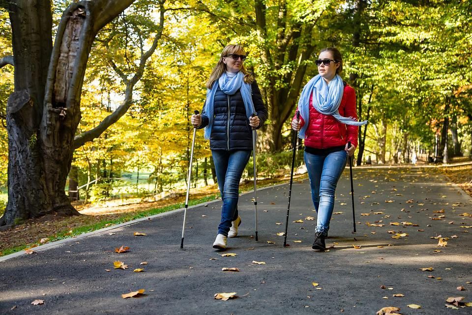 Nordic Walking: Fall Is a Great Time to Experience the Healthy Benefits of This Whole-Body Workout