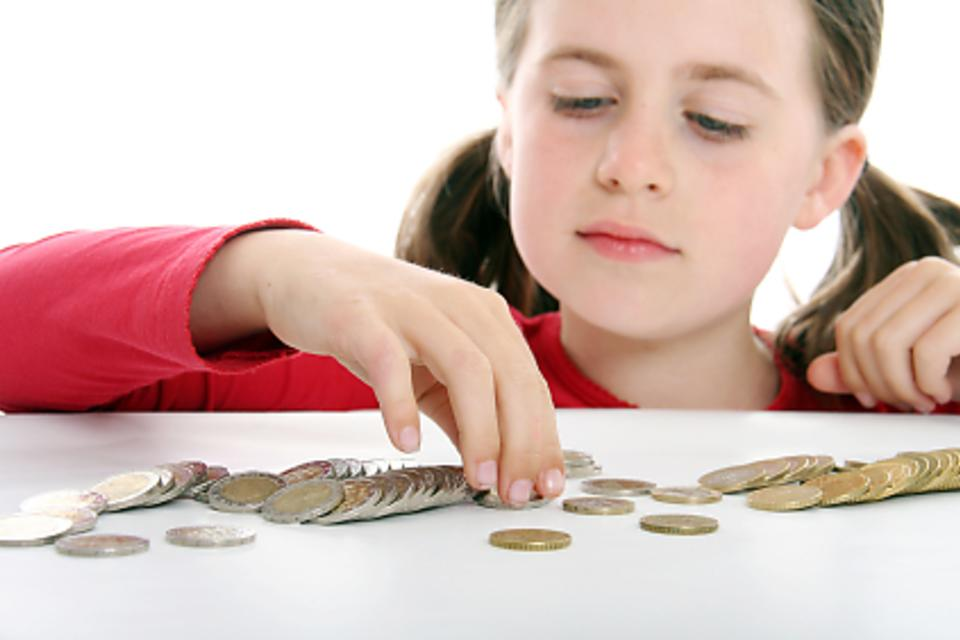Not Giving Your Kids an Allowance? Here's Why It's a Missed Opportunity!
