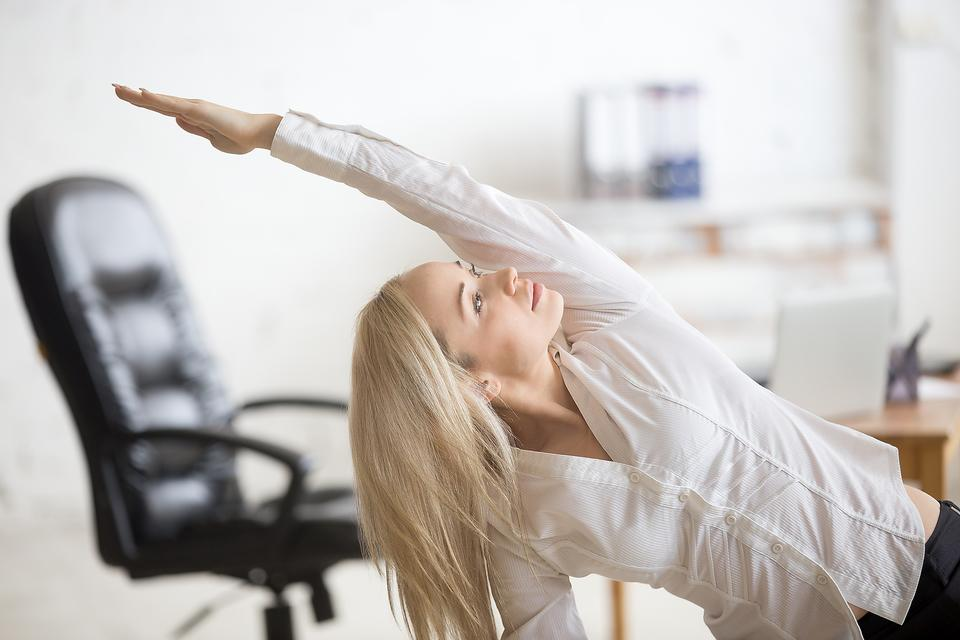 Office Yoga: 5 Ways Reduce Stress & Find Your Zen From Yoga Coach Dana Santas!