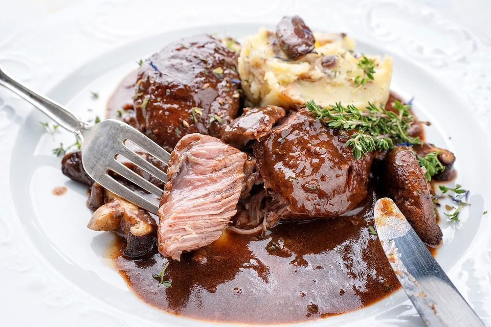 Oktoberfest Recipes: 14 Traditional German Recipes to Make for Your Oktoberfest Celebration
