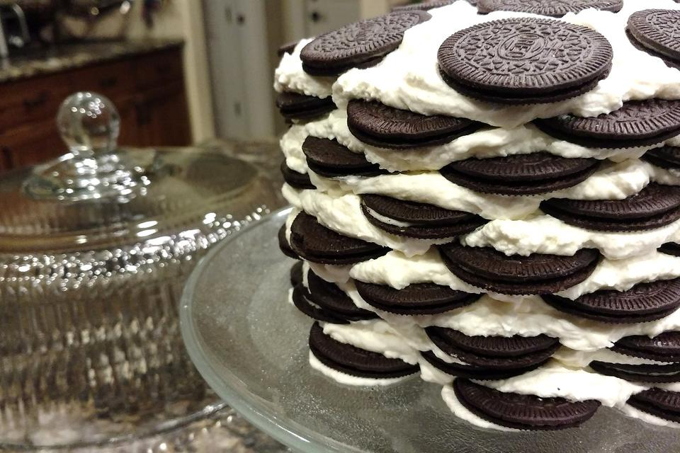 This Oreo Icebox Cake Recipe Is Insanely Easy to Make & Sinfully Delicious