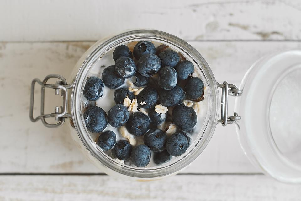 Overnight Oats Recipe: This Healthy Blueberry Walnut Overnight Oats Recipe Helps You Avoid the Morning Rush