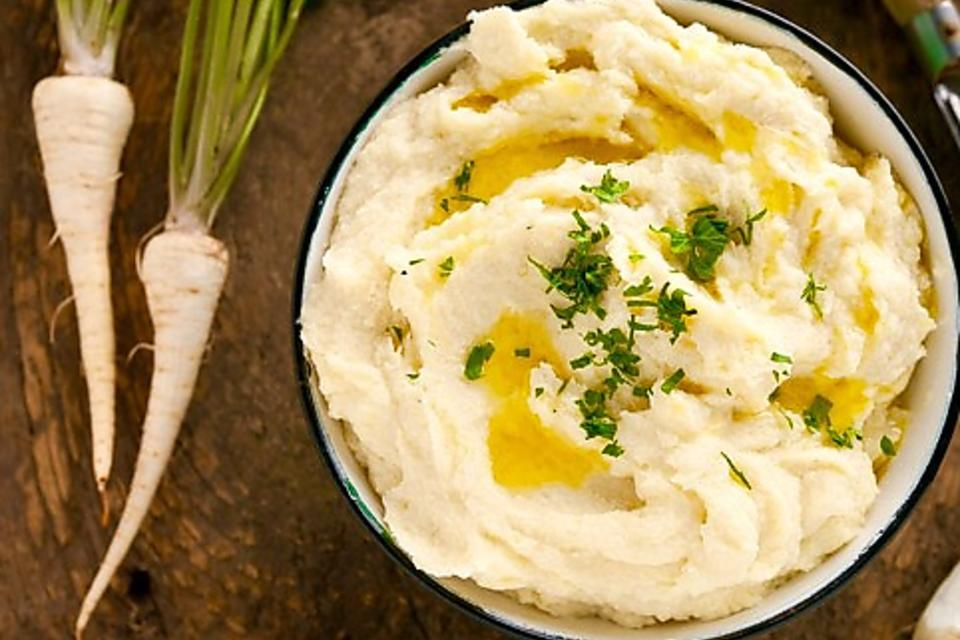 Silky Side Dish: How to Make Creamy Parsnip Puree With Truffle Oil!