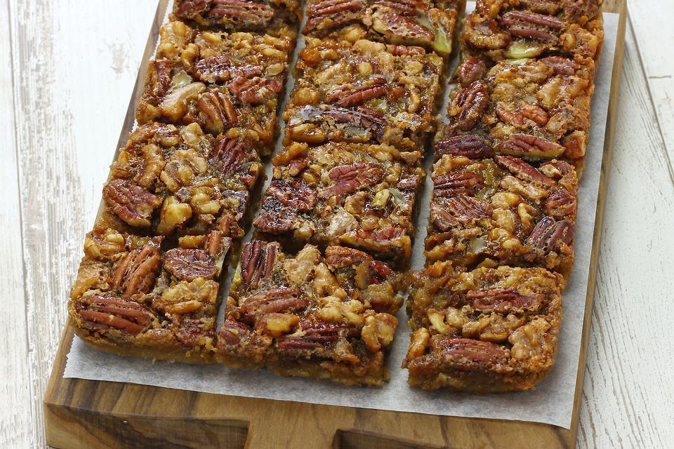 Pecan Pie Surprise Bars Recipe: This Easy Pecan Cookie Bars Recipe Is Like Pecan Pie But Easier