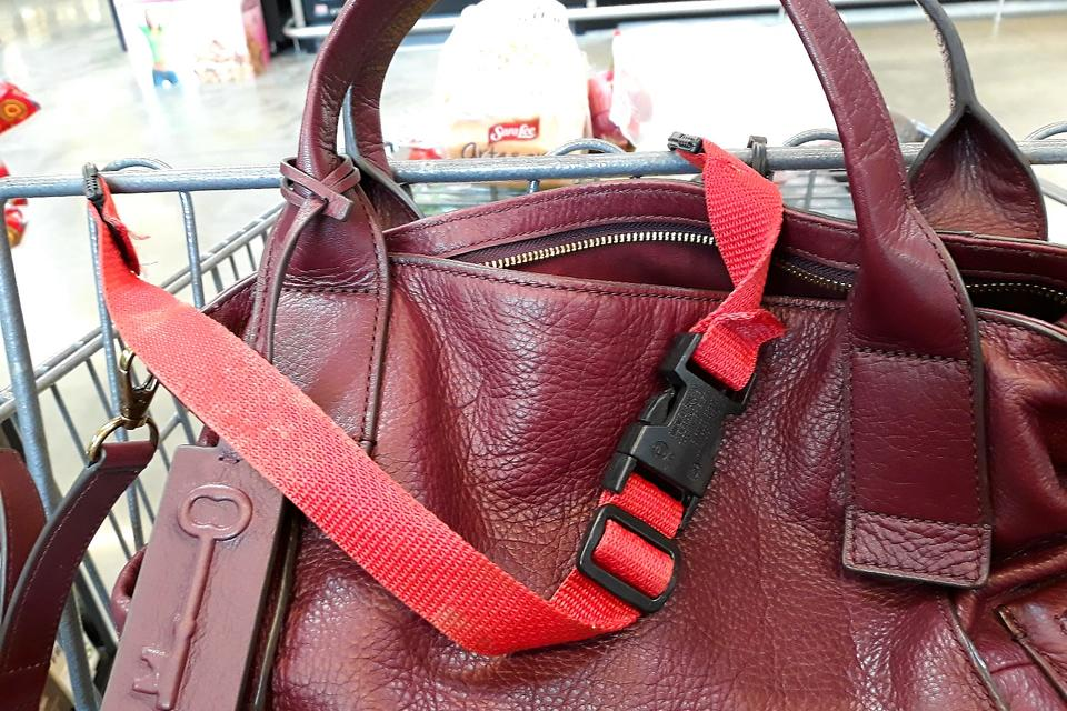 Personal Safety Hack: How to Help Protect Your Purse at the Grocery Store
