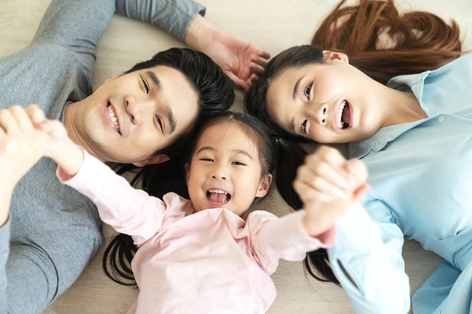 "Parents As Role Models: 3 Ways to Be a ""Rule Model"" for Your Kids!"