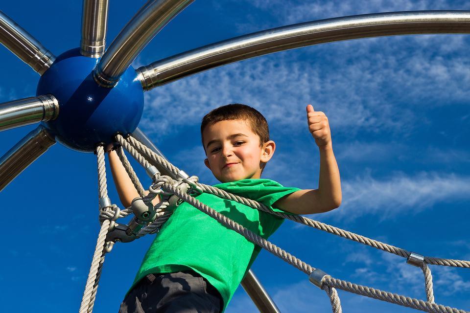 "Praising Kids: Why Saying ""Good Job"" Isn't Always Such a Good Idea"