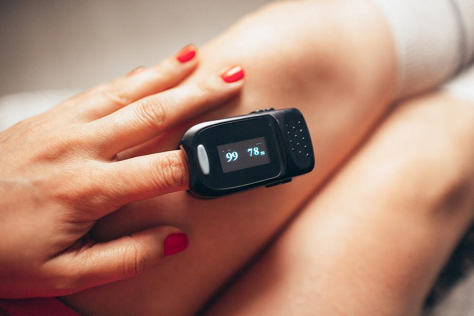 ​Pregnant & Concerned About COVID-19? 5 Tips to Monitor Your Health With a Pulse Oximeter During the Coronavirus Pandemic