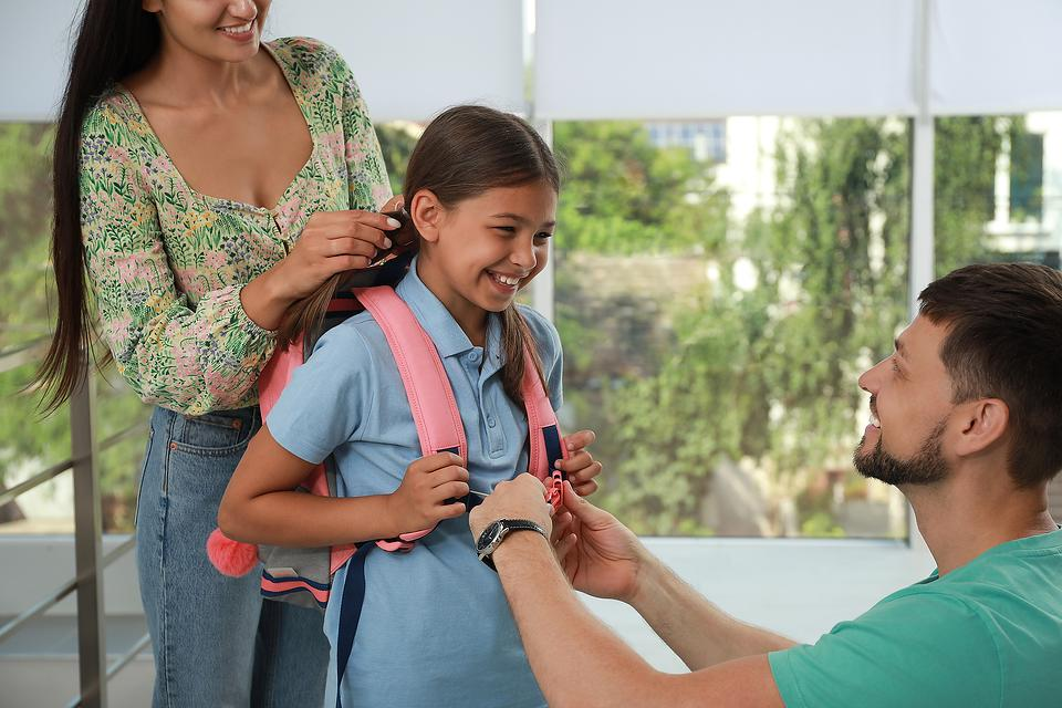 Easing Back-to-School Stress: Top 6 Tips for Parents on Transitioning Kids Back Into a New School Year