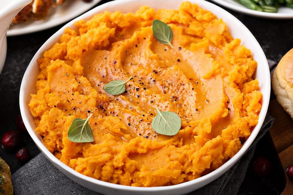 Creamy Pumpkin Mashed Potatoes Recipe: Give Those Mashed Potatoes a Fall Feel