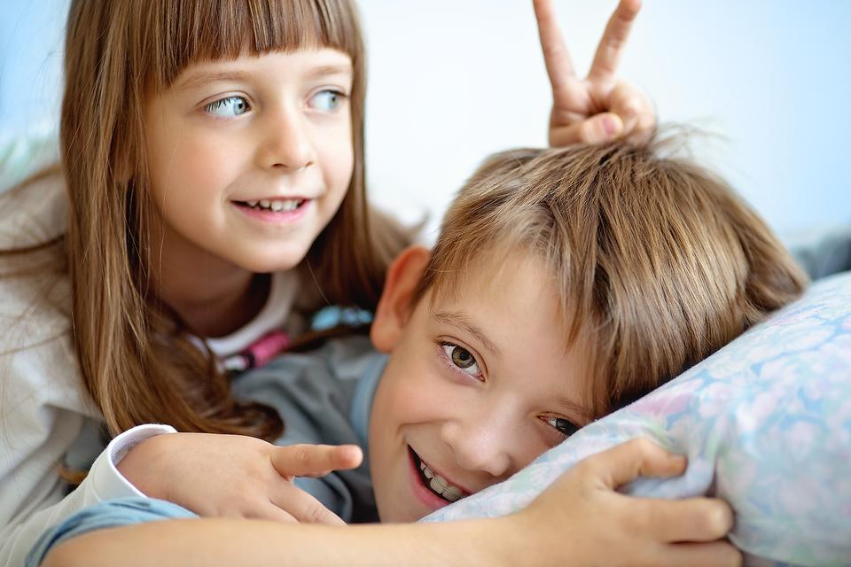 Realistic Sibling Relationships: How to Set Healthy Expectations for Brothers & Sisters!