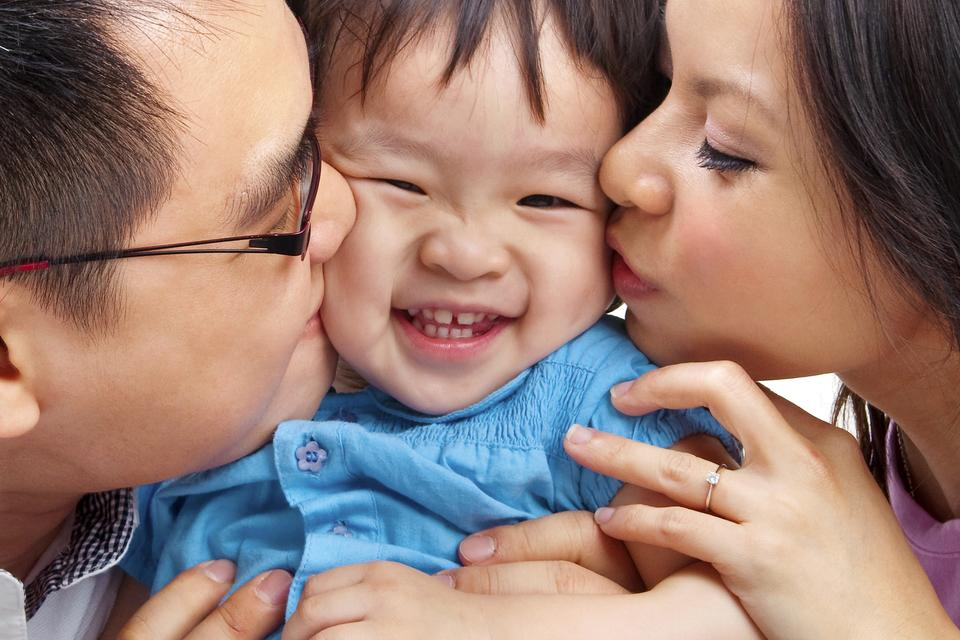 Raising Happy & Positive Kids: How to Tap Into Your PGS (Parental Guidance System)
