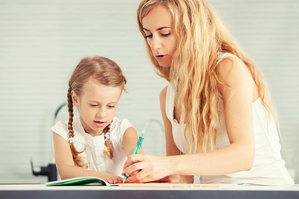 Raising a Left-handed Child? 5 Challenges & Tips to Help!