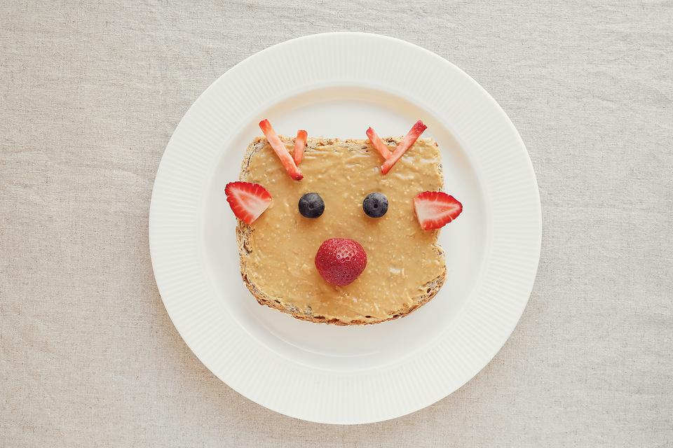 Rudolph the Red-Nosed Reindeer Peanut Butter Toast Will Be Your Kid's Favorite New Holiday Tradition