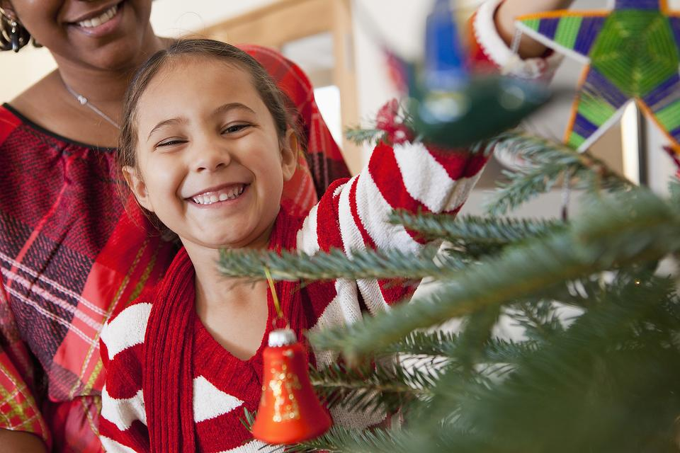 After-Christmas Crafts for Kids: Reinforce Giving Over Receiving With This Fun Family Activity