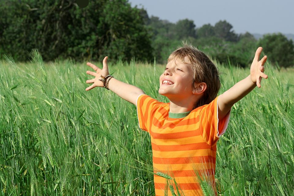 Resilience is Key for Kids: 11 Ways Parents Can Help Raise Resilient Children!