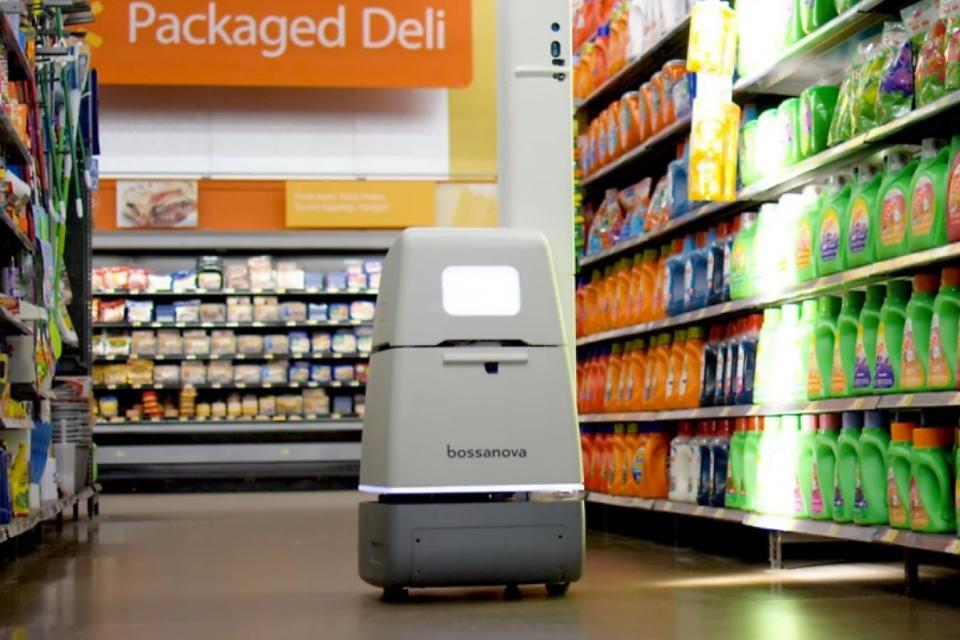 A Robot in My Grocery Store? Why Retail Robots Can Now Be Seen Wandering the Aisles!