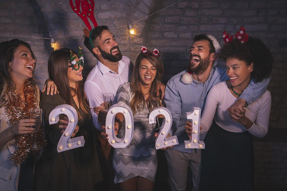 Rethinking Holiday Drinking: Tips to Help You Ring in the New Year Safely