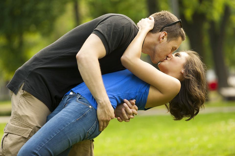 Rev Up Your Relationship: Try These 6 Tips for TLC & Feel the Love!
