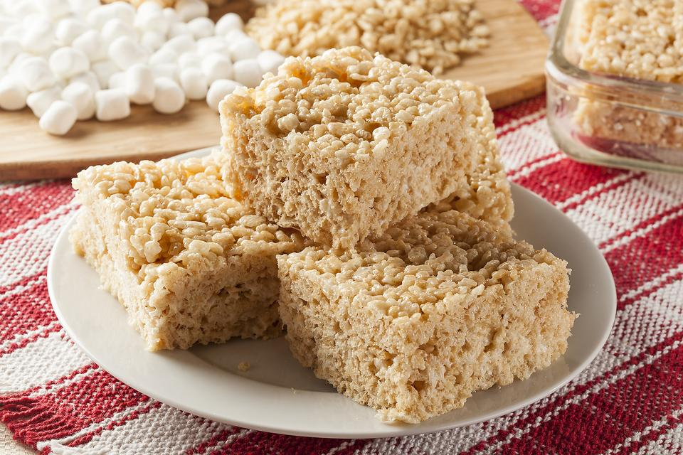 Rice Krispies Treats Stick to Your Hands? Try This Cooking Hack!