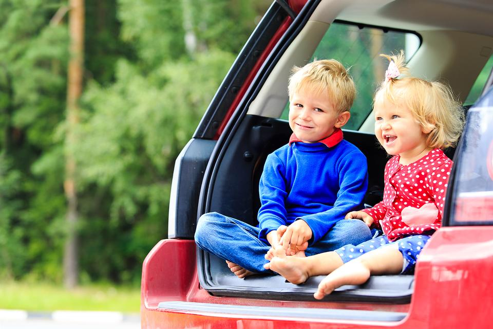 Road Trippin' With Kids: 10 Tips to Help You Stay Sane!