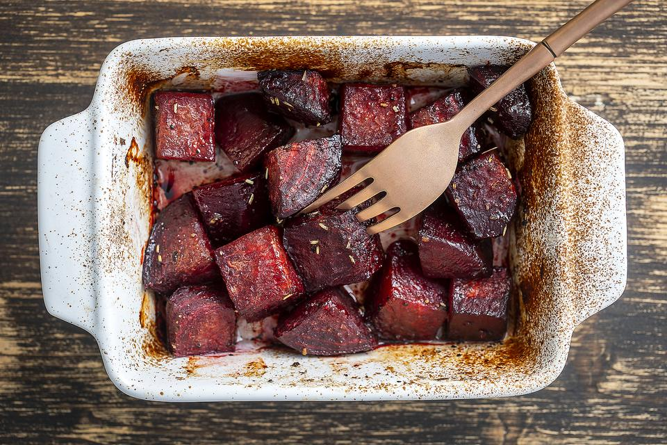 Easy Roasted Beets Recipe: This Healthy Vegetable Recipe May Help You Beet Some Health Issues