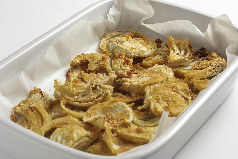 Simple Roasted Fennel Recipe: This Mediterranean Garlic Fennel Recipe Couldn't Be Easier