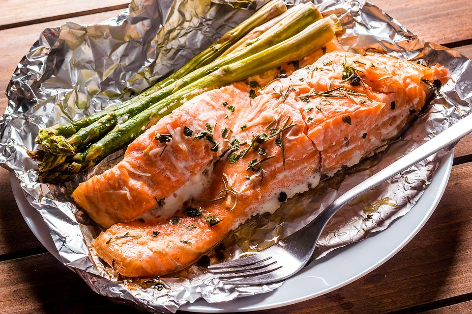 Salmon & Asparagus Packets Will Help You Wrap Up Dinner in a Hurry