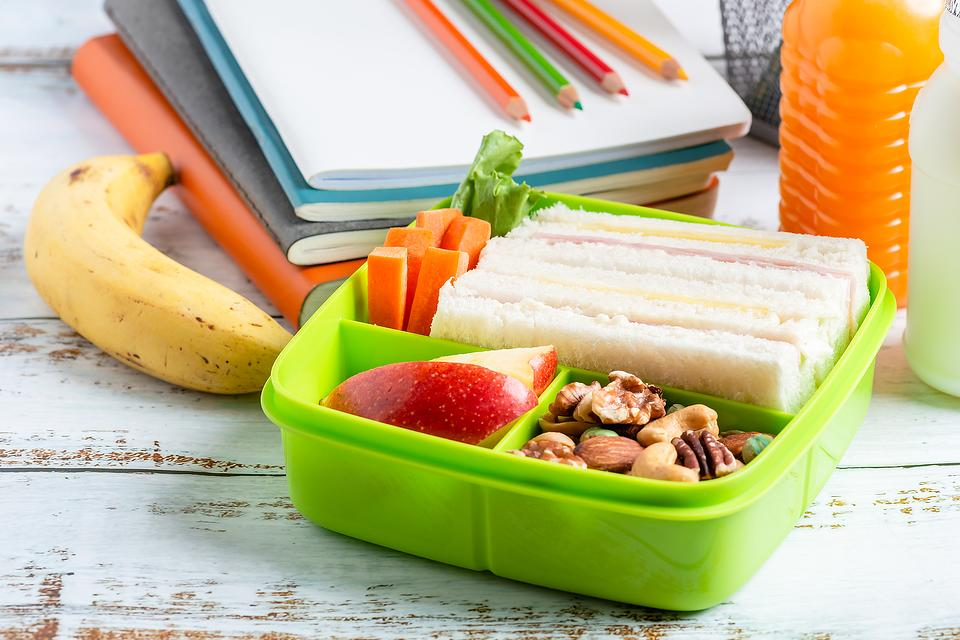 Back-to-School Lunchables Shortage? Say What? A Mom of 4 Shares Easy Ways to Make Your Own Healthier Homemade Lunchables