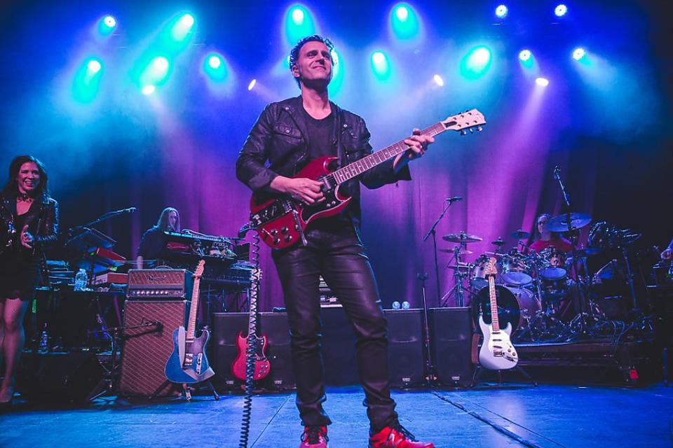 School of Rock: Music Students Will Take the Stage With Musician Dweezil Zappa!