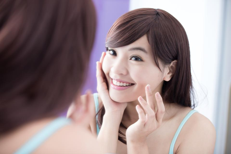 Sensitive Skin: How to Treat It Right & 3 Gentle Products to Try!